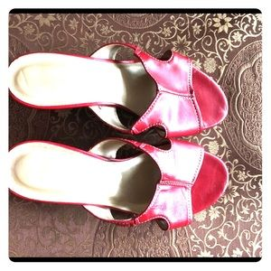Cute Red Davos Gomma Slides Size 10.5W